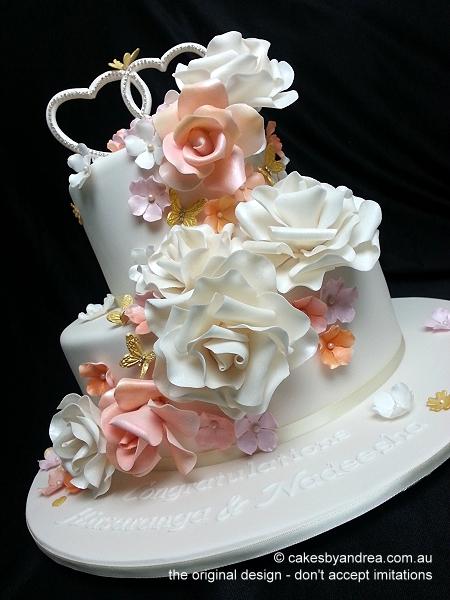engagement-cake-ivory-pastel-roses-heart-monogram