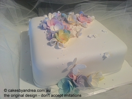 wedding-cake-square-white-pastel-frangipanis