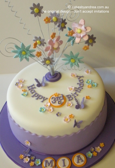 whimsical-pastel-bouquet