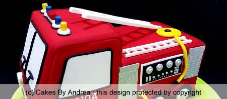birthday-cake-red-fire-engine