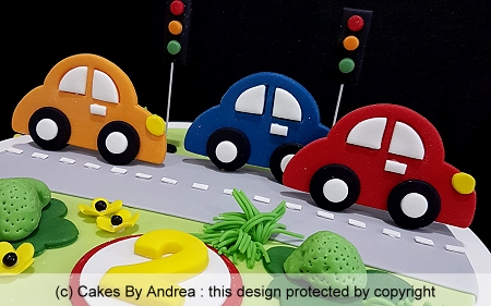 childs-birthday-cake-cars-traffic-lights